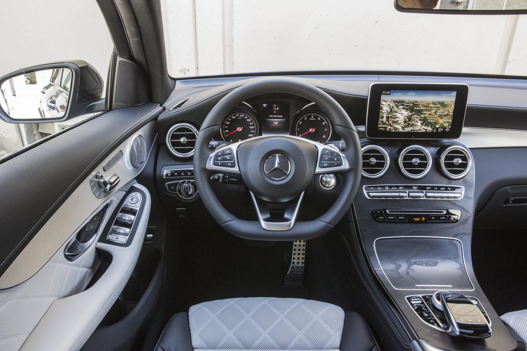 Interieur mercedes  Mercedes-Benz produziert weiter bei Valmet Automotive