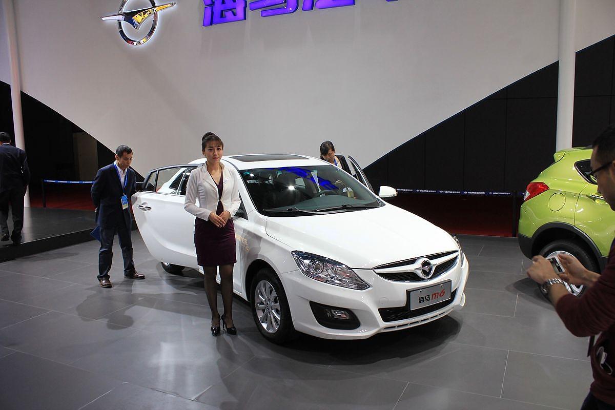 Shanghai Autoshow: SUV-Dauerbrenner und neue Plug-In-Hybride