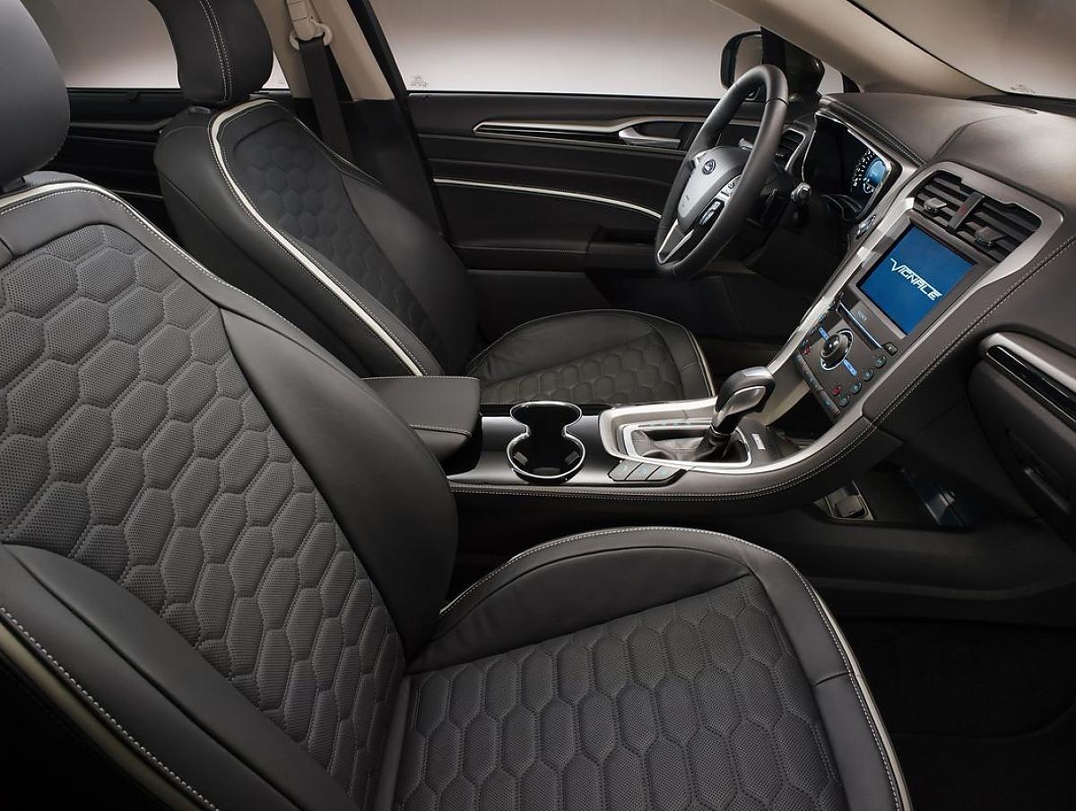 2020 Ford Mondeo Vignale Picture
