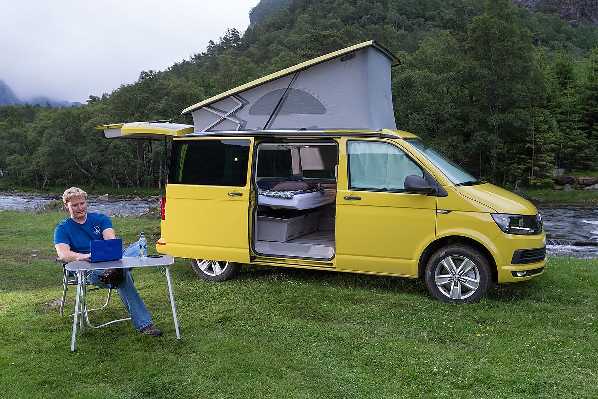 vw california teurer inbegriff des mobilen urlaubs. Black Bedroom Furniture Sets. Home Design Ideas