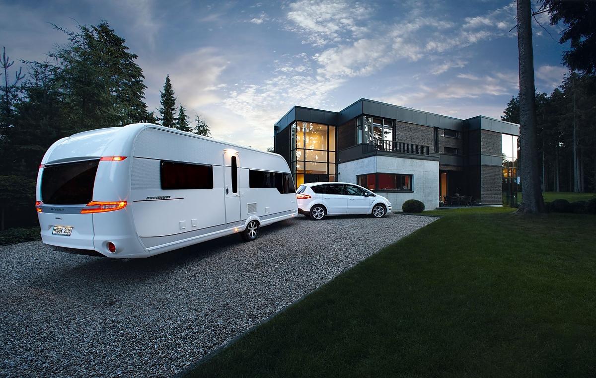 caravan salon d sseldorf rolling homes. Black Bedroom Furniture Sets. Home Design Ideas