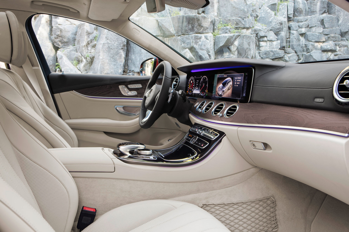 Mercedes E-Klasse All-Terrain: Stock und Stein