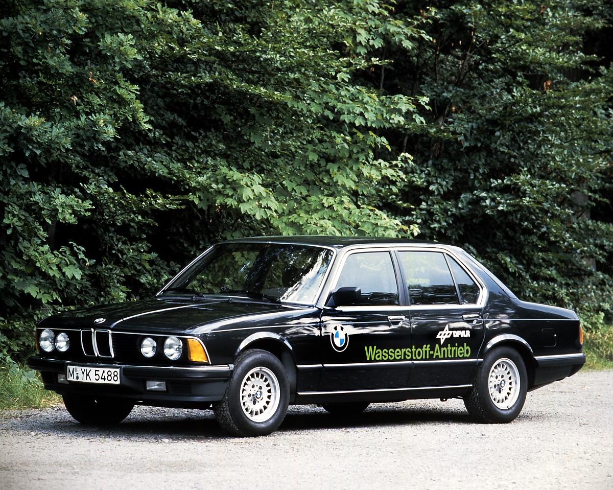 BMW 745i Wasserstoff 1987 Bild