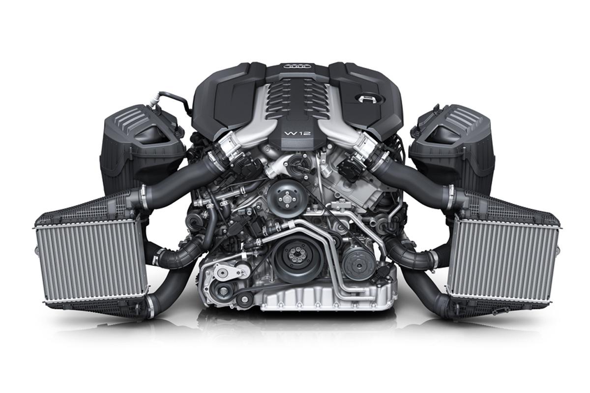 W12 6.0 TFSI: Aus sechs Liter Volumen schöpft der 12-Zylinder-Motor gut 585 PS Leistung. Bild: Audi