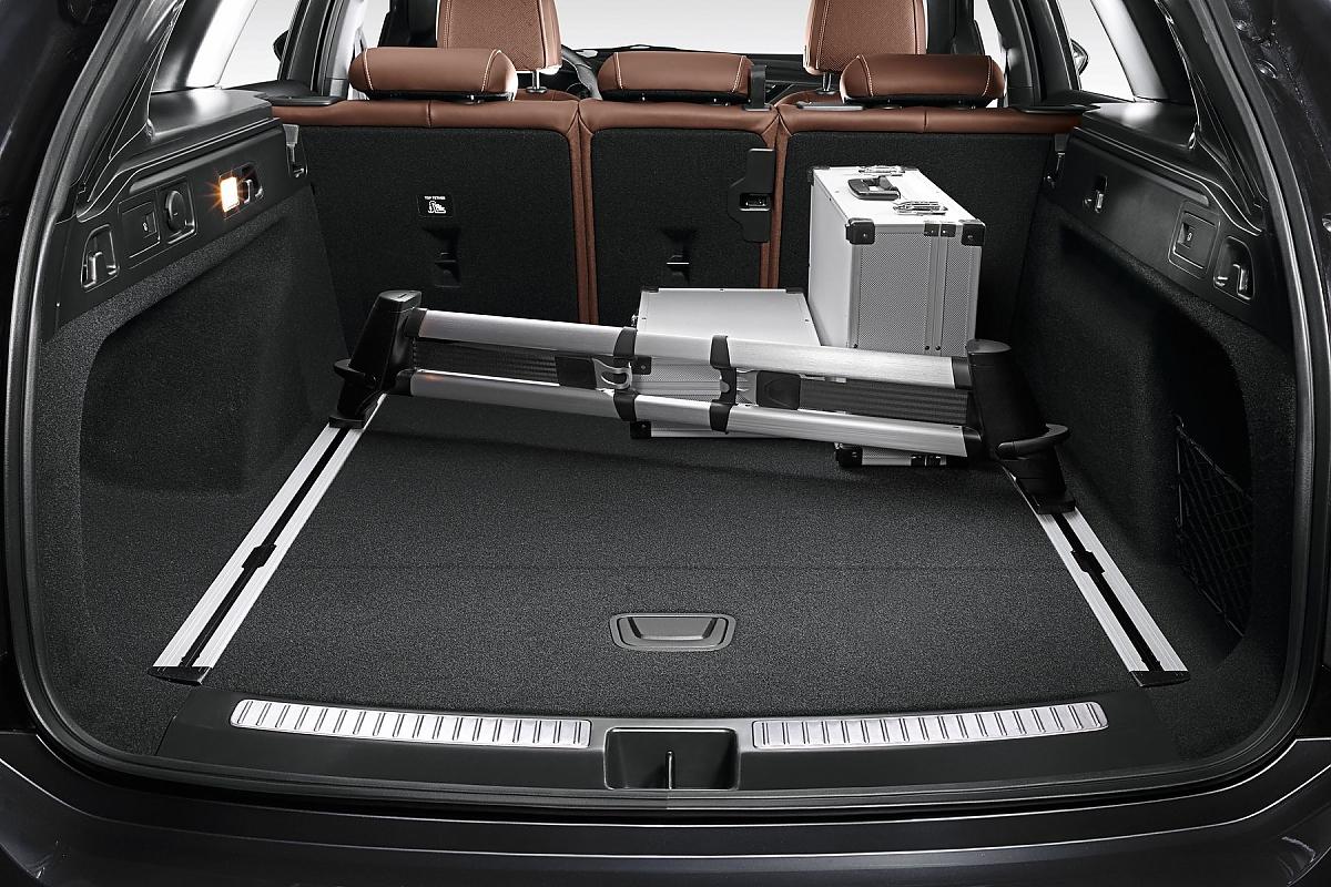 Opel Insignia Country Tourer Bergfex Sports 2018 Der Kofferraum Hat Ein Volumen Von 560 Bis 1665 Liter Bild Press Inform