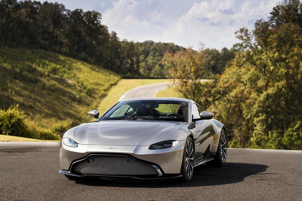 Aston Martin Vantage Wochenend Krieger Für Die Rennstrecke