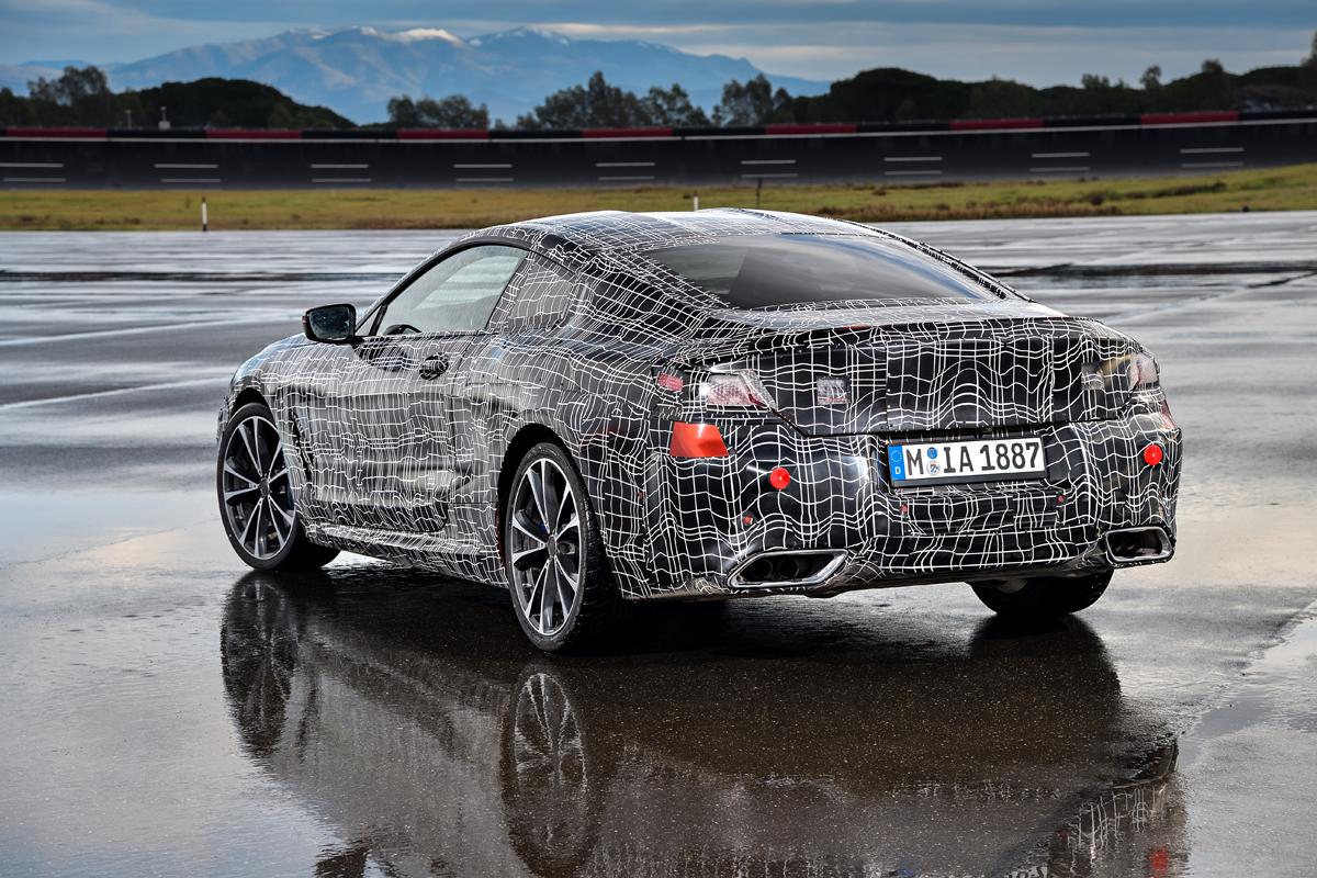 BMW 8er Coupe Aufwarmrunden Fur Den Marktstart