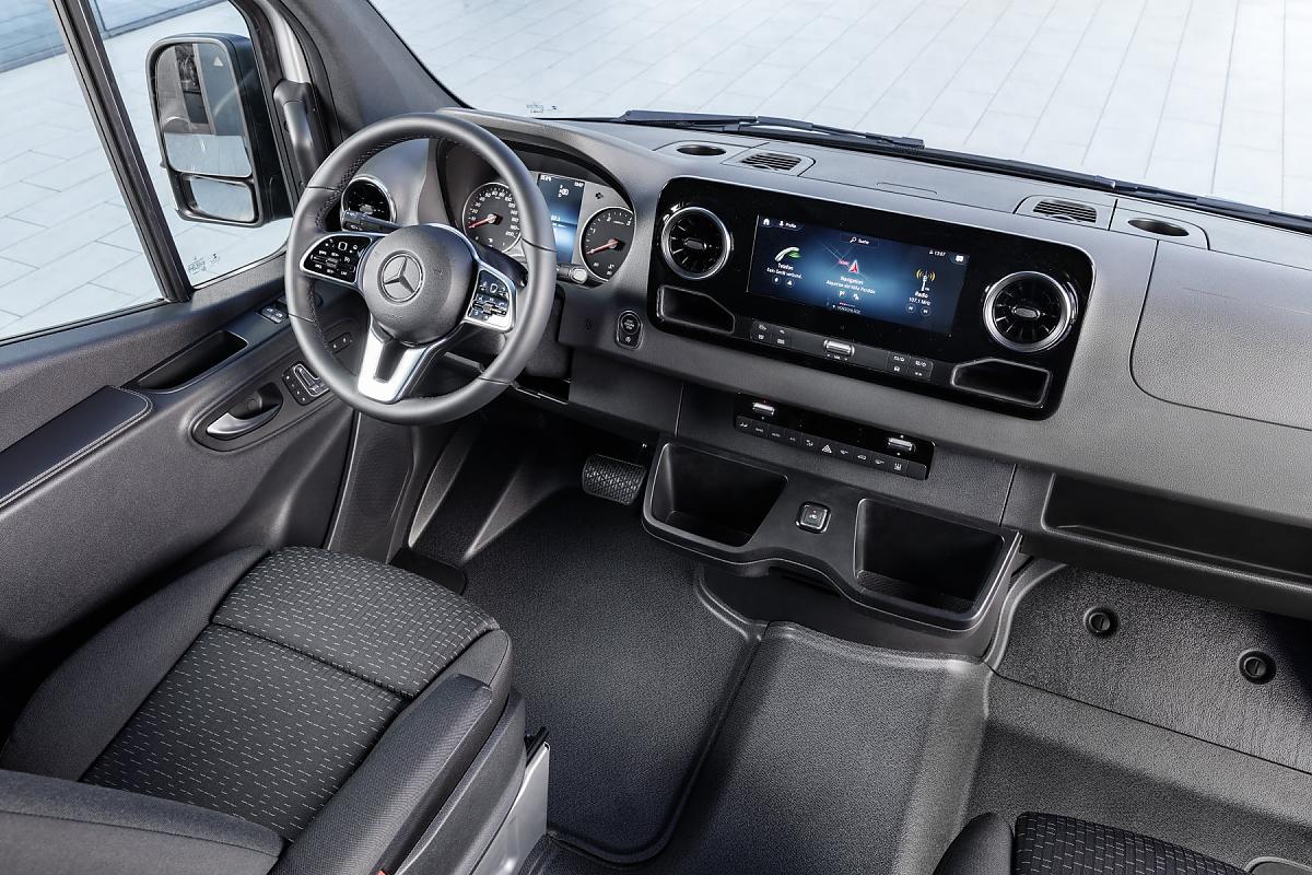 Neuer Actros 2018 >> Mercedes Sprinter: 1.700 Autos in einem