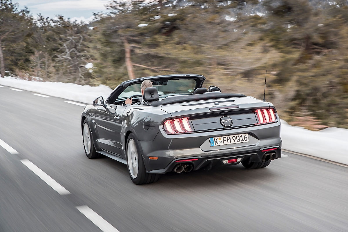 ford mustang 5 0 v8 cabrio gez hmtes wildpferd. Black Bedroom Furniture Sets. Home Design Ideas