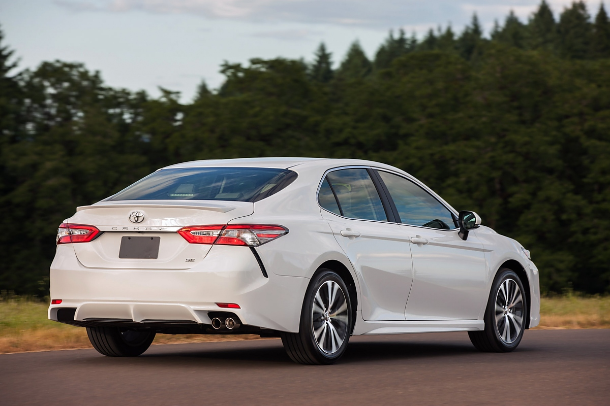 Toyota Camry Welcome Back Aussenseiter